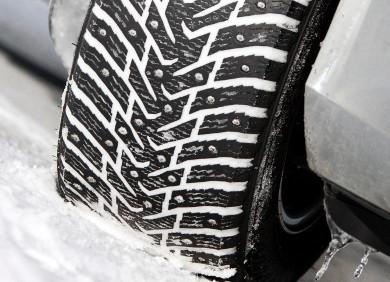 Зимние шины с шипами или без?