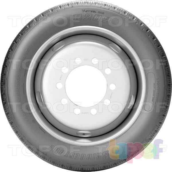 Шины Bridgestone R202. Вид сбоку