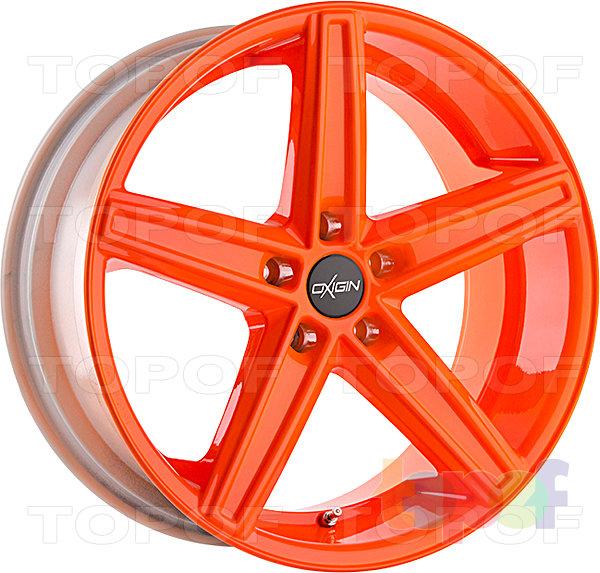 Колесные диски Oxigin 18 Concave. Цвет - неоновый оранжевый
