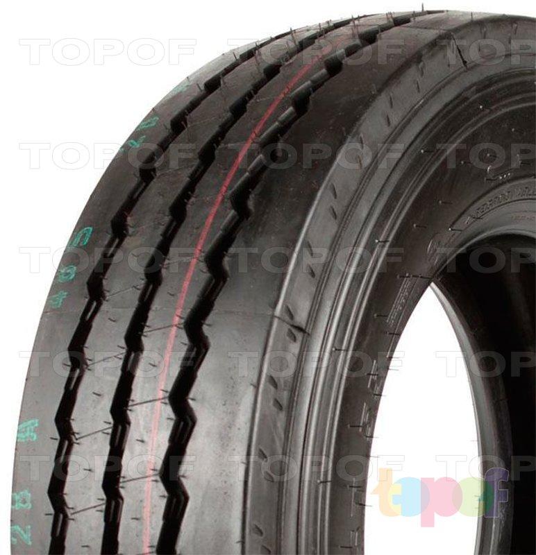 Шины Pirelli ST55. Центральные ребра  на рисунке протектора