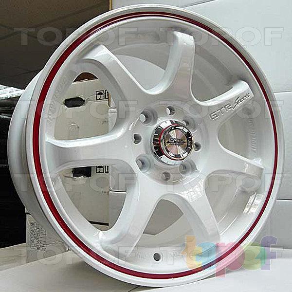 Колесные диски R1 Sport 356. Цвет - белый с красной полоской по ободу