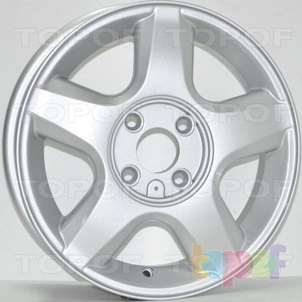 Колесные диски RS 329. Цвет: серебряный