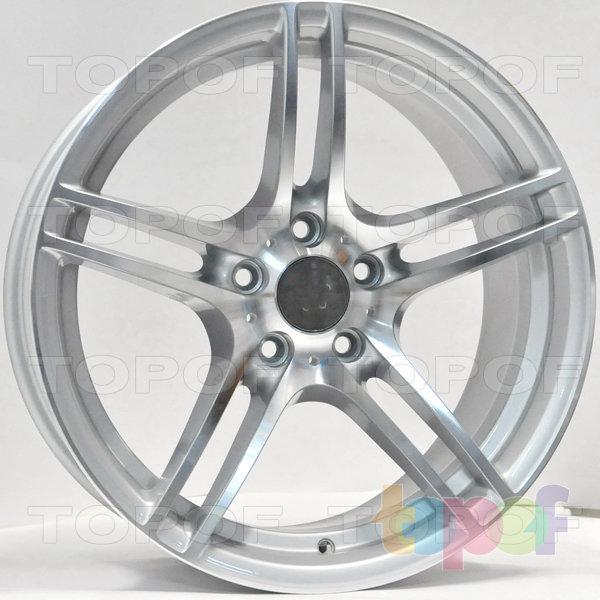 Колесные диски RS 350. Цвет: Серебристый с алмазной механической обработкой лицевой поверхностью