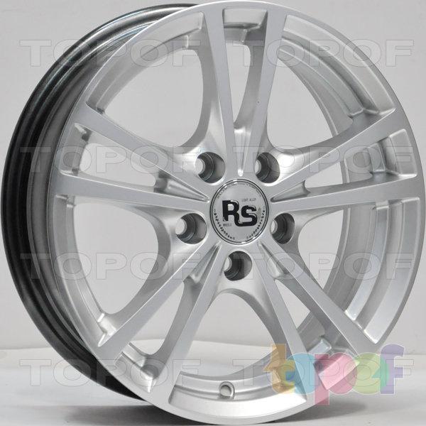 Колесные диски RS 355. Цвет: насыщенный серебристый