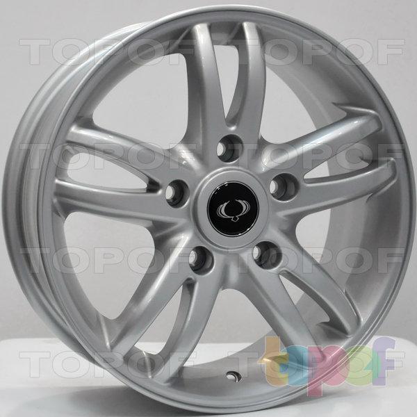 Колесные диски RS 361. Цвет: серебряный