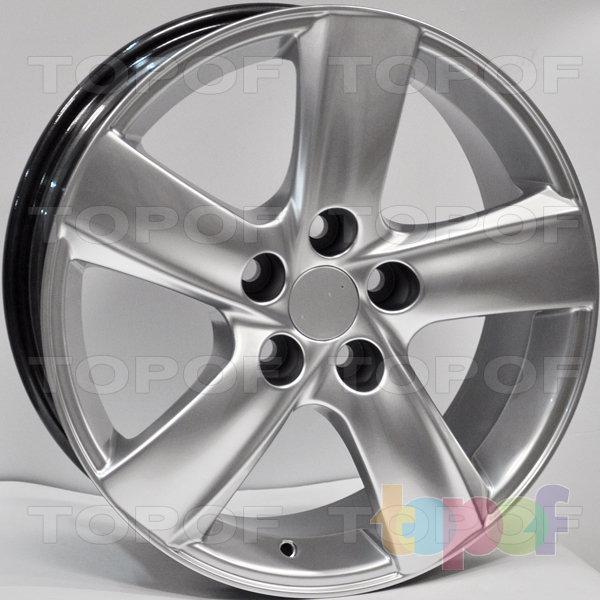 Колесные диски RS 525 rLE. Цвет: насыщенный серебристый