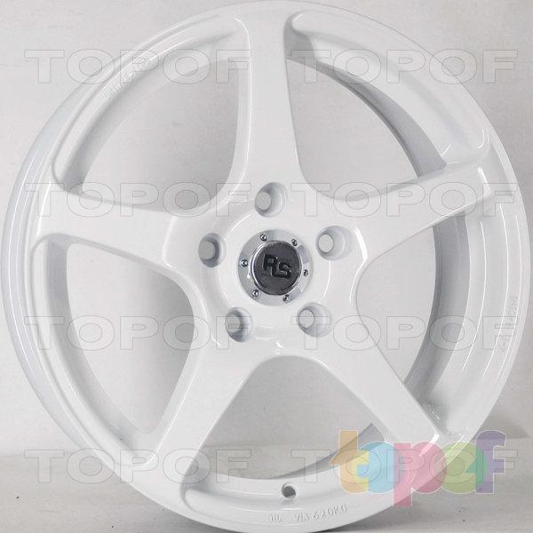 Колесные диски RS 588. Цвет: белый