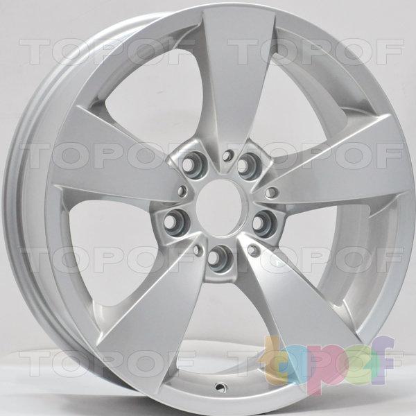 Колесные диски RS 6307. Цвет: серебряный