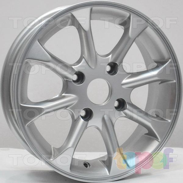 Колесные диски RS 802 rNI. Цвет: серебряный