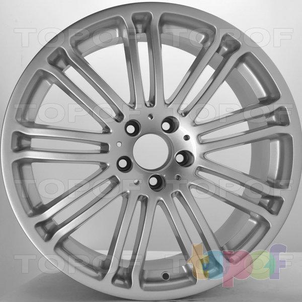 Колесные диски RS S200. Цвет: серебряный