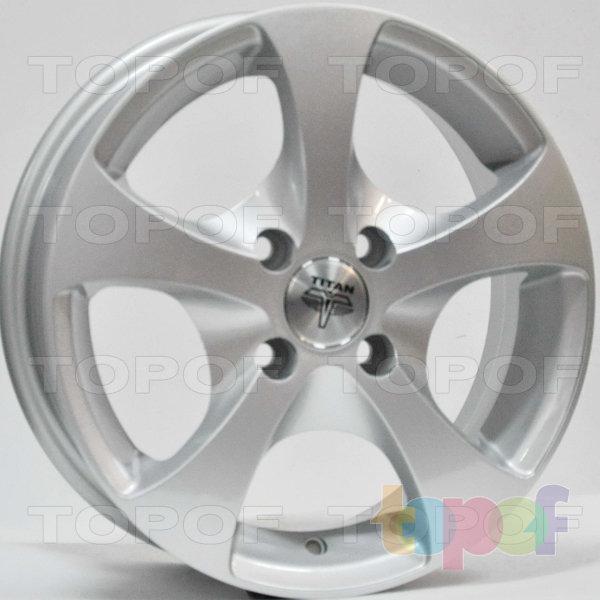 Колесные диски RS Ti06. Цвет: серебряный