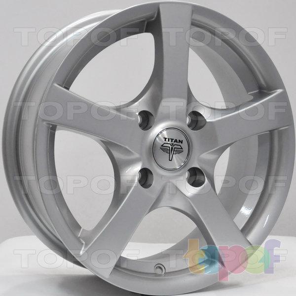 Колесные диски RS Ti09. Цвет: серебряный
