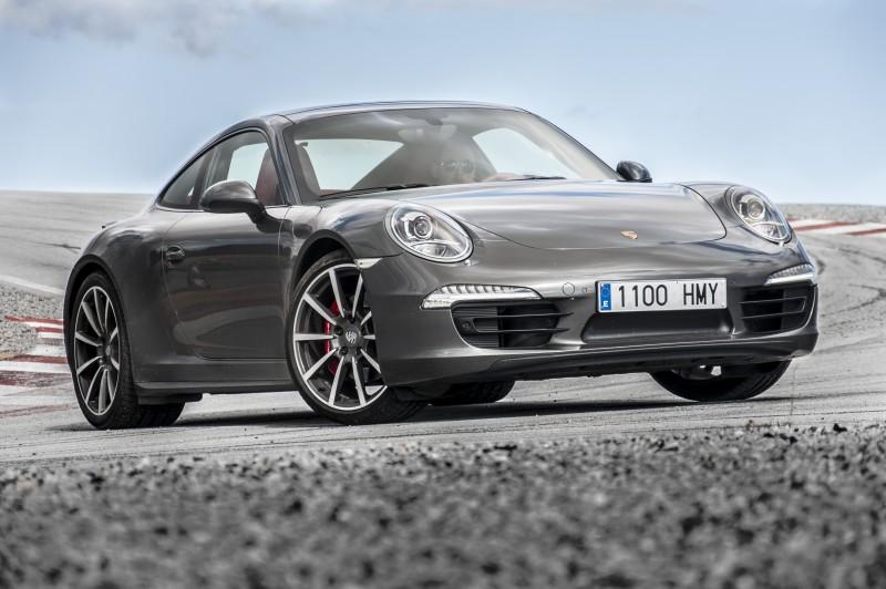Yokohama поставляет шины первичной комплектации для Porsche 911, Boxster и Cayman