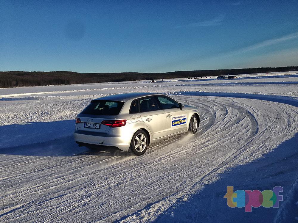 Путешествие семейства Goodyear UltraGrip Ice в Швецию