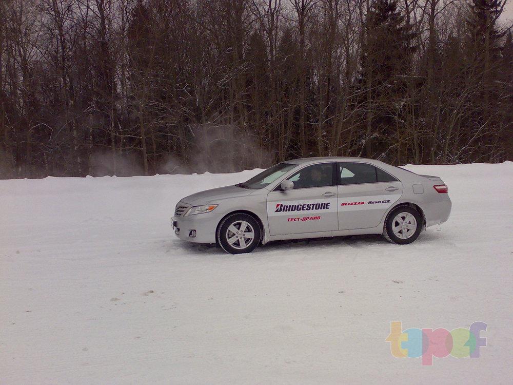 Тест-драйв зимних шин Bridgestone Blizzak Revo GZ. На полигоне