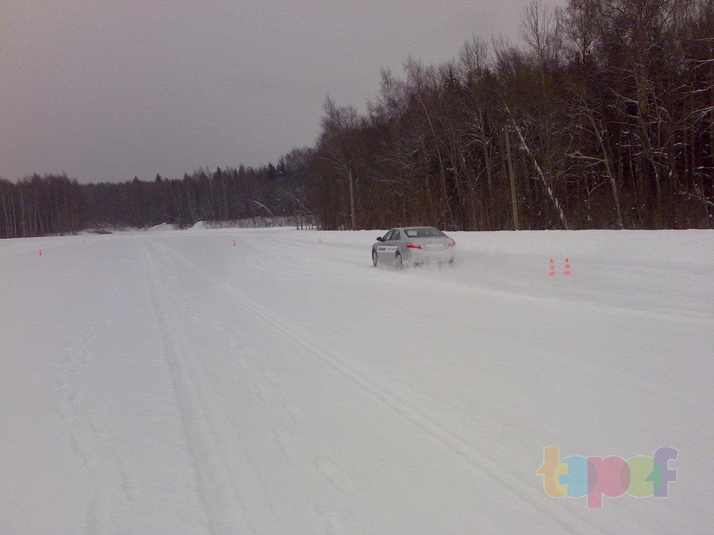 Тест-драйв зимних шин Bridgestone Blizzak Revo GZ. Испытание - неожиданный поворот