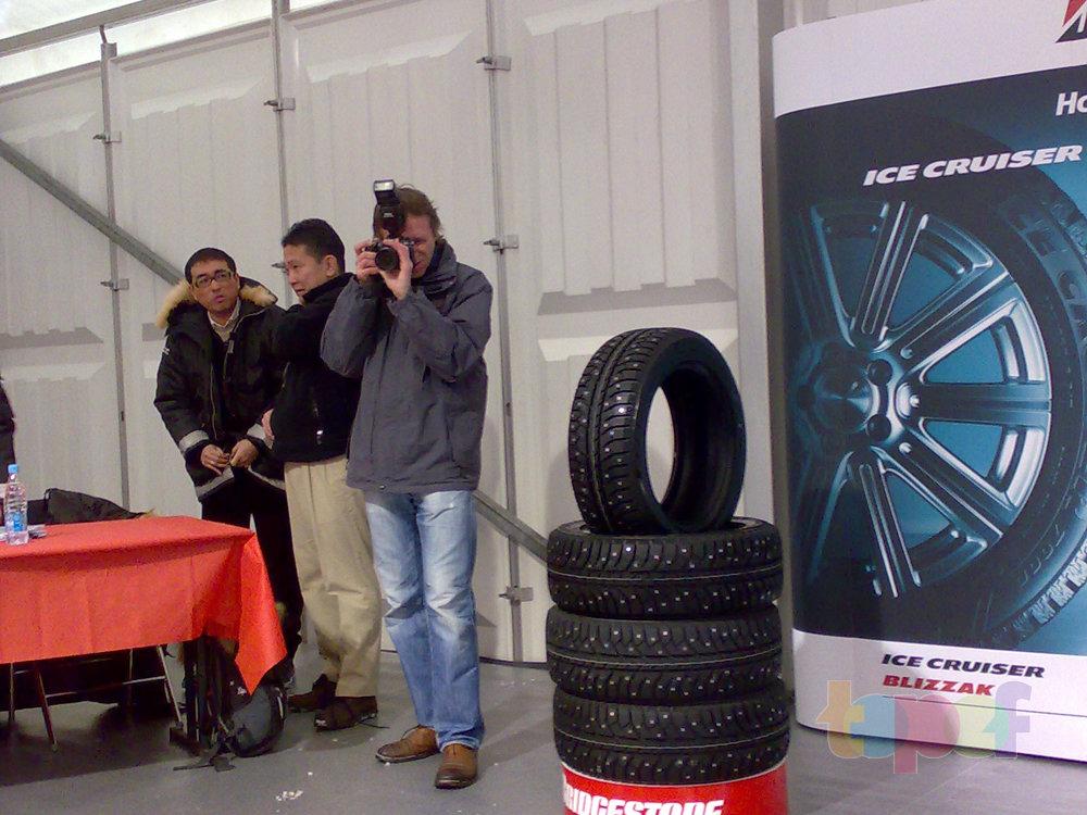 Тест-драйв зимних шин Bridgestone Blizzak Revo GZ. Журналисты