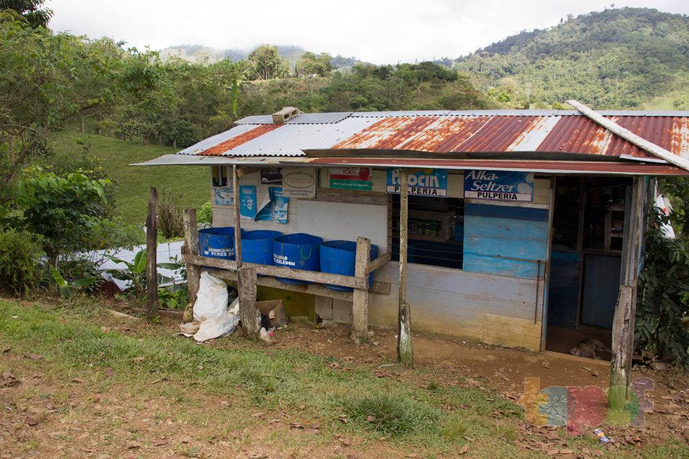 Тест драйв шин Кордиант All Terrain в Коста-Рике. Местный колорит