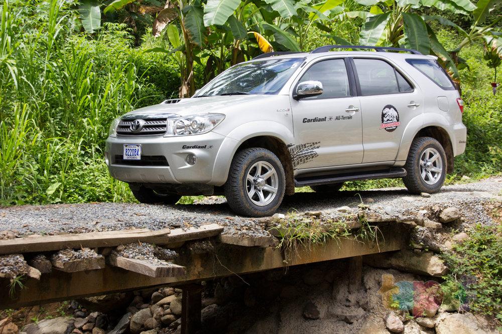 Тест драйв шин Кордиант All Terrain в Коста-Рике. Надо поместиться!