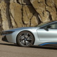 Bridgestone станет эксклюзивным поставщиком шин для гибридного электромобиля BMW