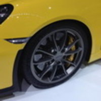 Шины Michelin выбраны для презентации Porsche Cayman GT4