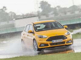 Шины Goodyear и Dunlop стали лидерами тестов издания Sport Auto