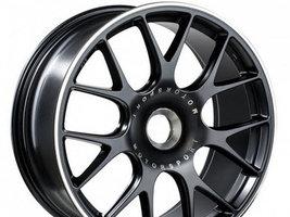 Компания BBS представила на выставке Reifen новые колесные диски CH-R