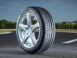 Тесты DEKRA подтвердили долговечность шин Michelin