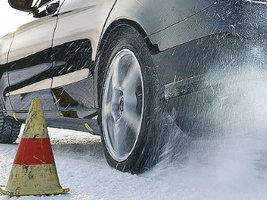 Лидерами зимних тестов Auto Bild стали шины Continental, Michelin и Goodyear