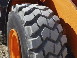 Импорт индустриальных шин в Россию за три квартала достиг 306 тыс. штук
