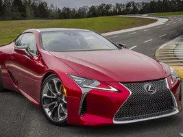 Для новинки Lexus LC500 выбраны шины Bridgestone Potenza и Turanza