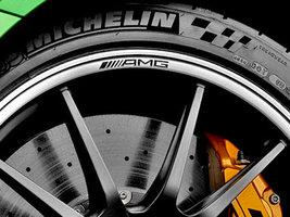 Кастомная версия шин Michelin Pilot Sport Cup 2 поставляется для суперкара Merce