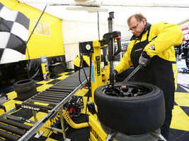 Бренд Dunlop обновил линейку шин для чемпионата BTCC