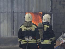 В Барнауле произошел пожар на шинном заводе