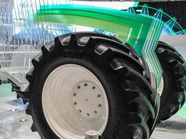 Компания BKT показала новую тракторную шину серии Agrimax