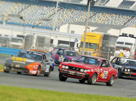 Maxxis становится официальной шиной гоночной серии ChumpCar World Series