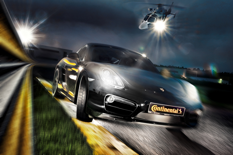 Спортивная шина Continental  SportContact 6 омологирована для применения на автомобилях Porsche. На полигоне - съемка с вертолёта.